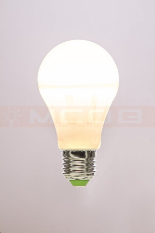 MCOB CRYSTAL LED A60 4W/827 E27